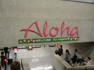 large aloha sign welcoming passengers in honolulu international airport hnl