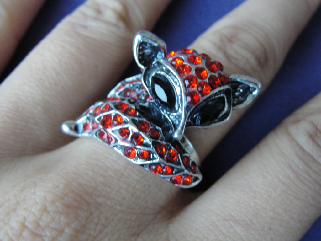 metal fox wraparound ring with red gems