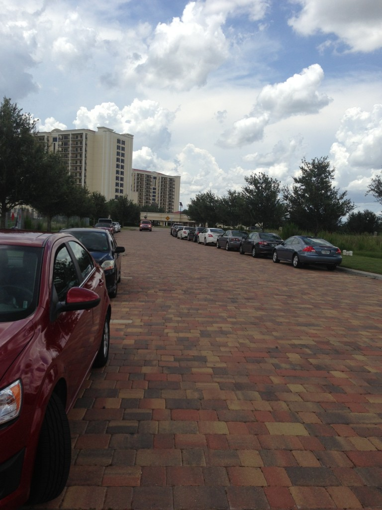 driveway of parc soleil hilton grand vacations club property in orlando florida