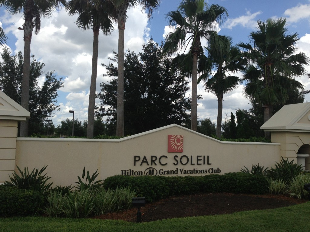 entrance sign for parc soleil hilton grand vacations club property timeshare in orlando florida