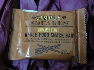 simple squares cinnamon clove whole food snack bar included in the november 2012 yuzen box