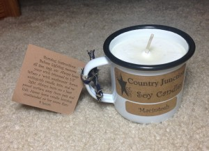country junction soy candle in macintosh from gettysburg