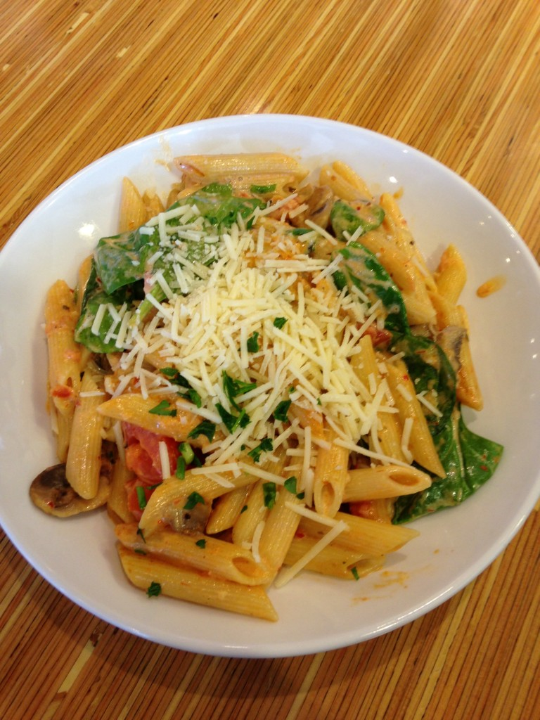 noodles and co pasta rosa with penne, spinach, mushrooms, and cheese in spicy tomato sauce