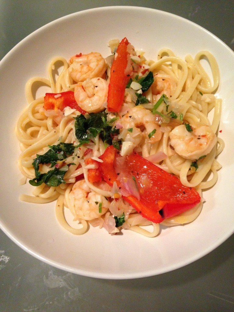 hello fresh lemon-pepper shrimp scampi with roasted pepper over linguine finished product