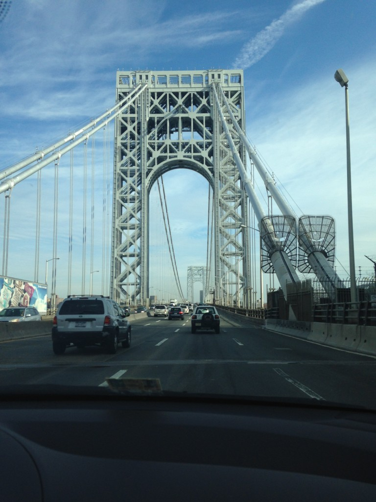 driving torwards george washington bridge from new jersey side