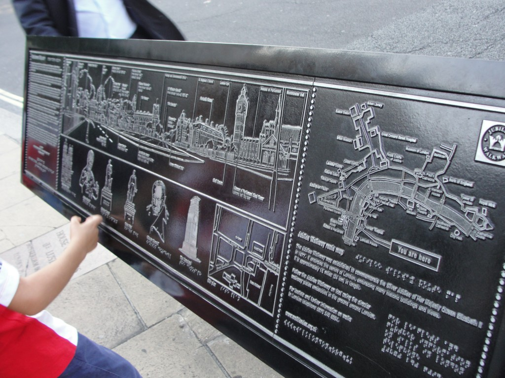metal map of london attractions