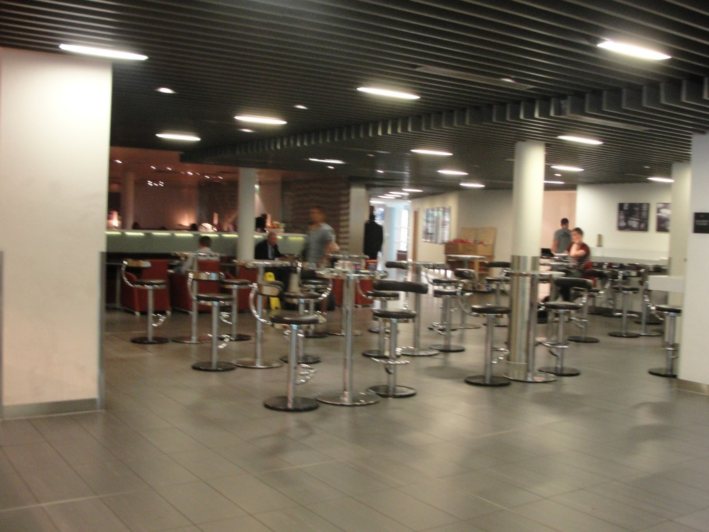 barstools and tables in star alliance lounge