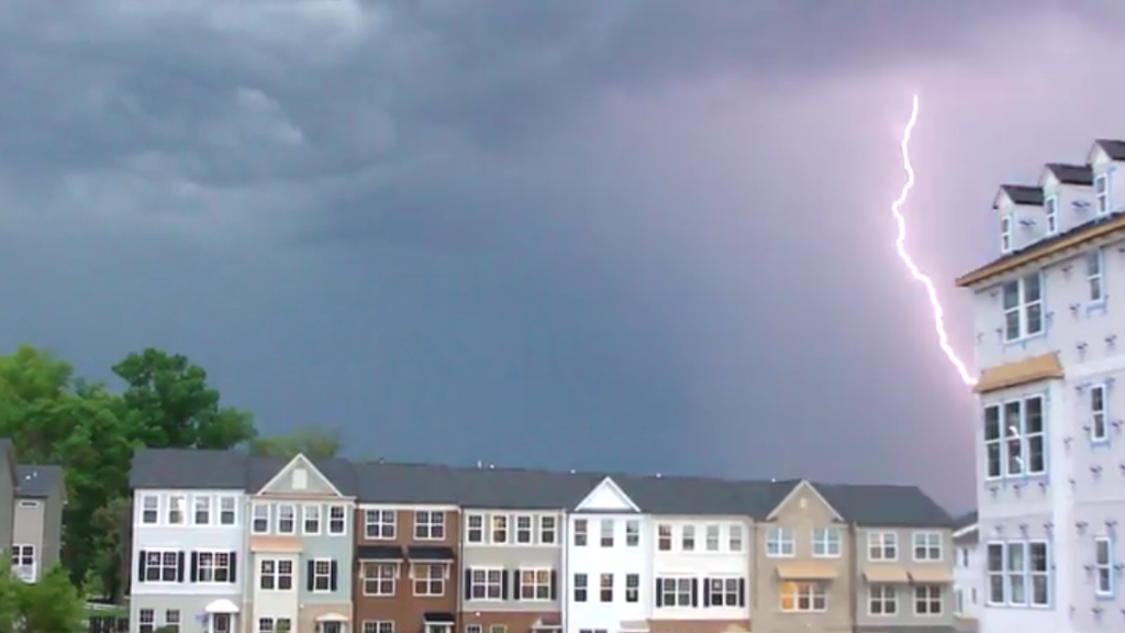 thin lightning bolt in thunderstorm