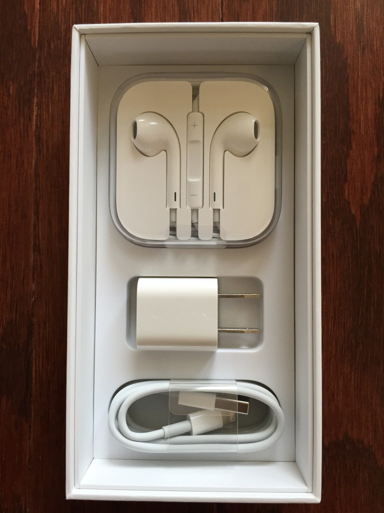 iphone 6 earpods and lightning charging cable and plug