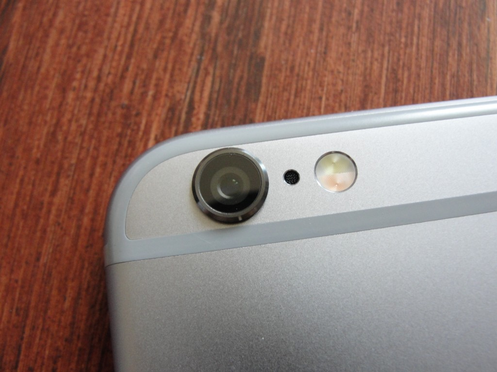 closeup of camera on iphone 6 in space gray