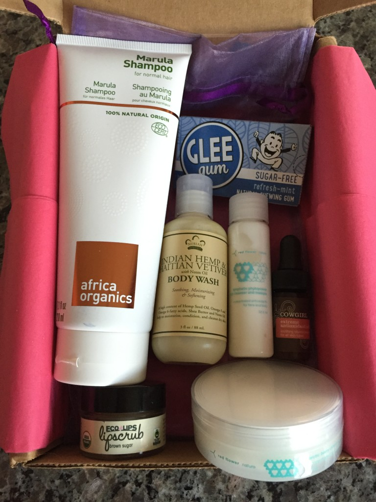 yuzen august-october 2015 autumn box contents laid out