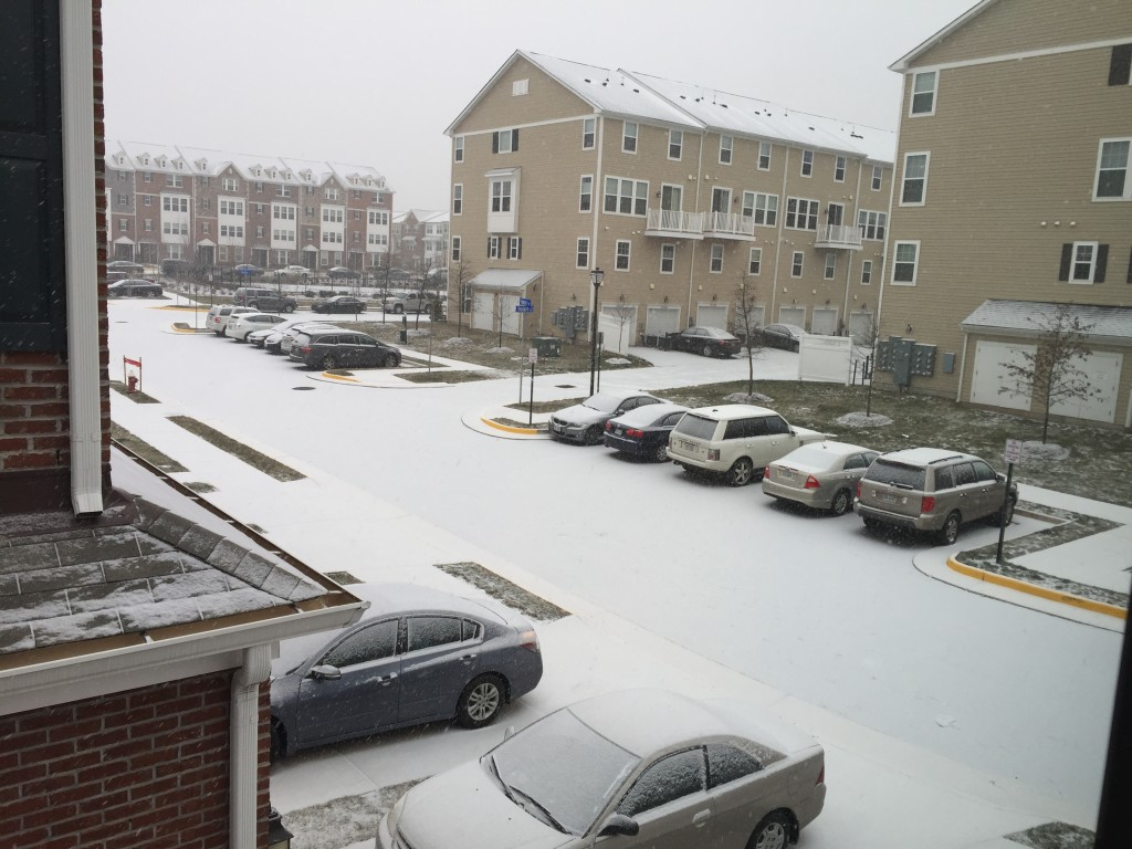 snow level on cars one hour into blizzard 2016
