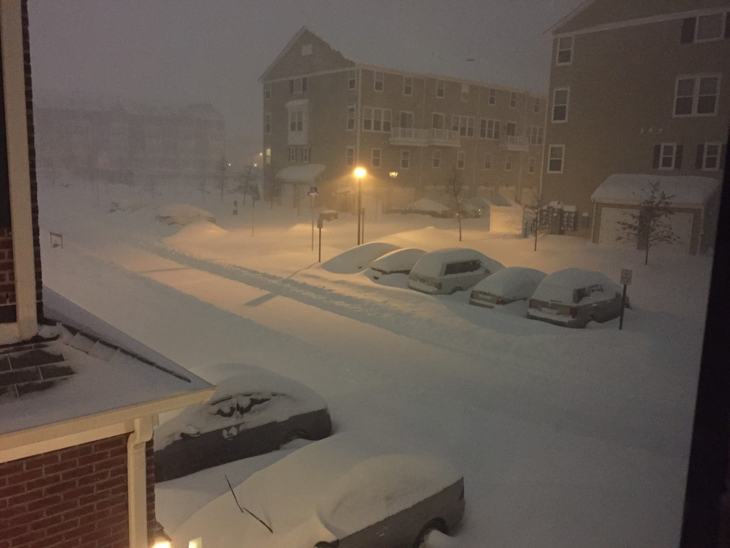 snow level on cars seventeen hours into blizzard 2016