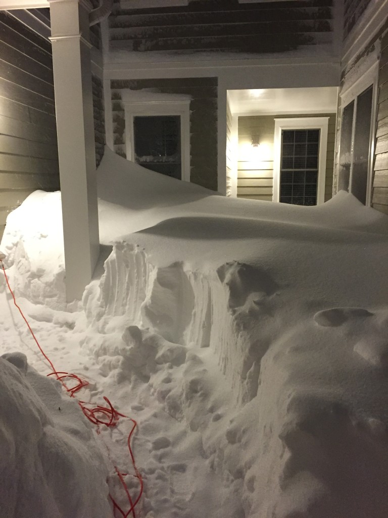 blizzard 2016 piling snow past windows