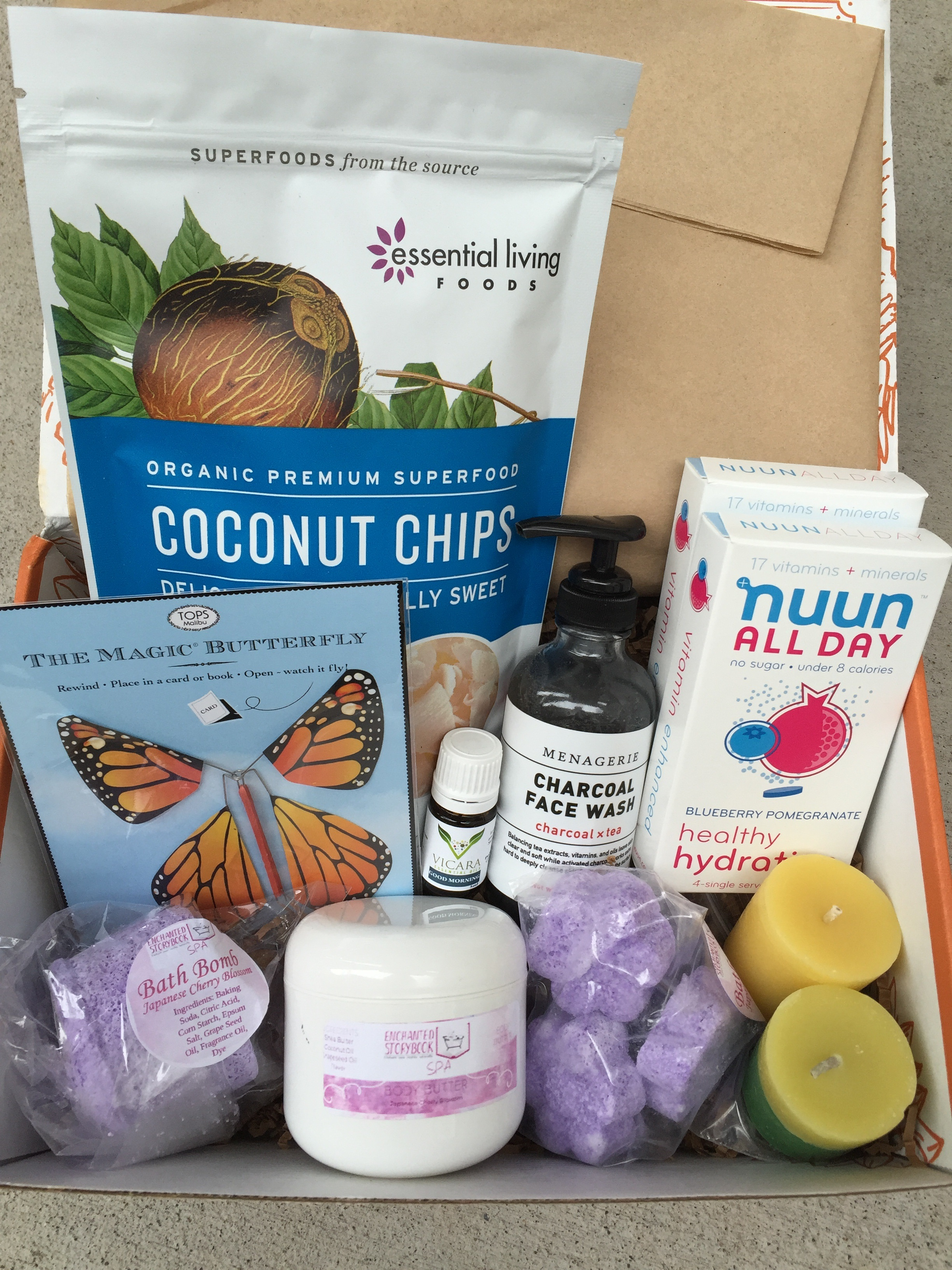 prospurly march 2016 box open with products showing
