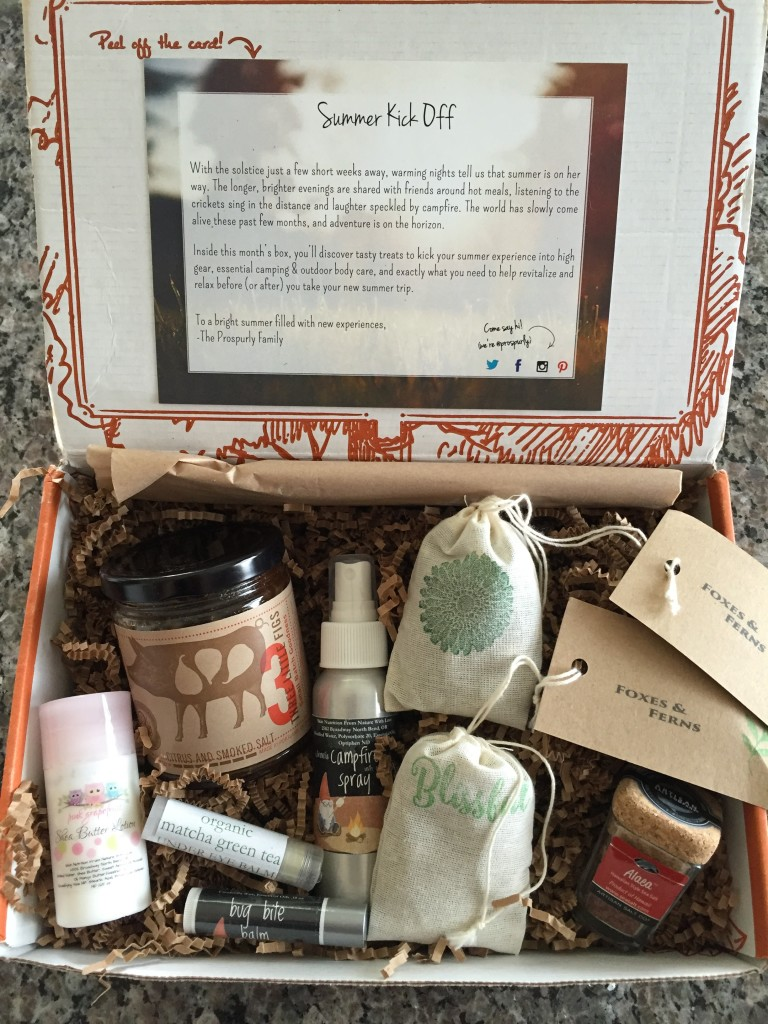 prospurly may 2016 box open with products showing