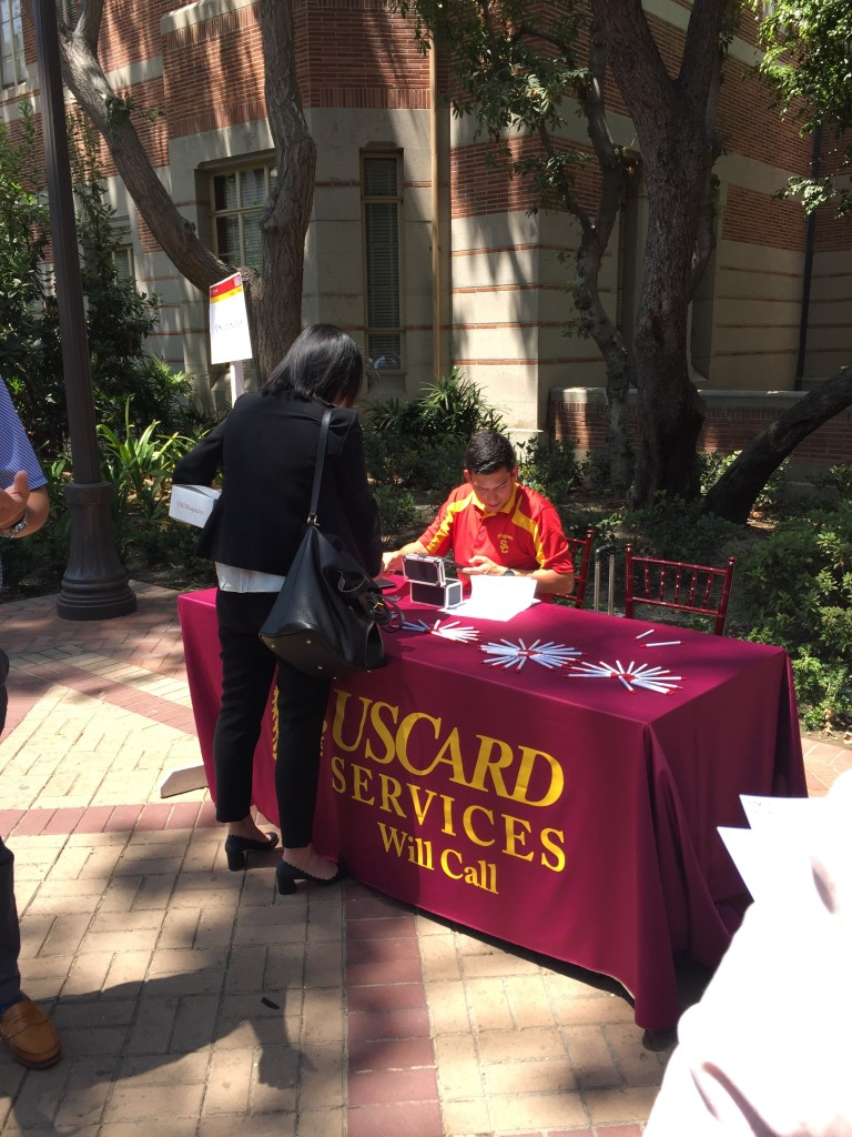 uscard table at usc marshall mba orientation