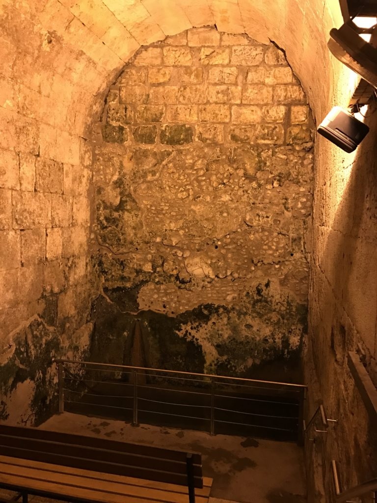 western wall tunnel with restored bath